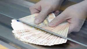 versamenti ingiustificati e controlli sui conti correnti